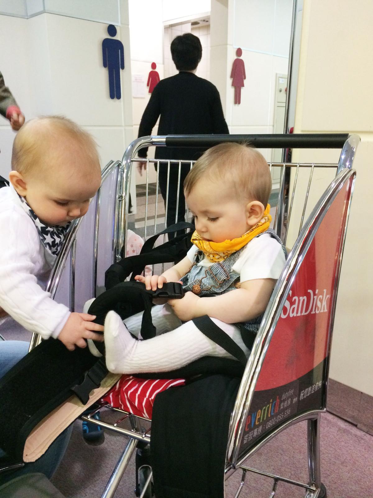 att resa med bebis