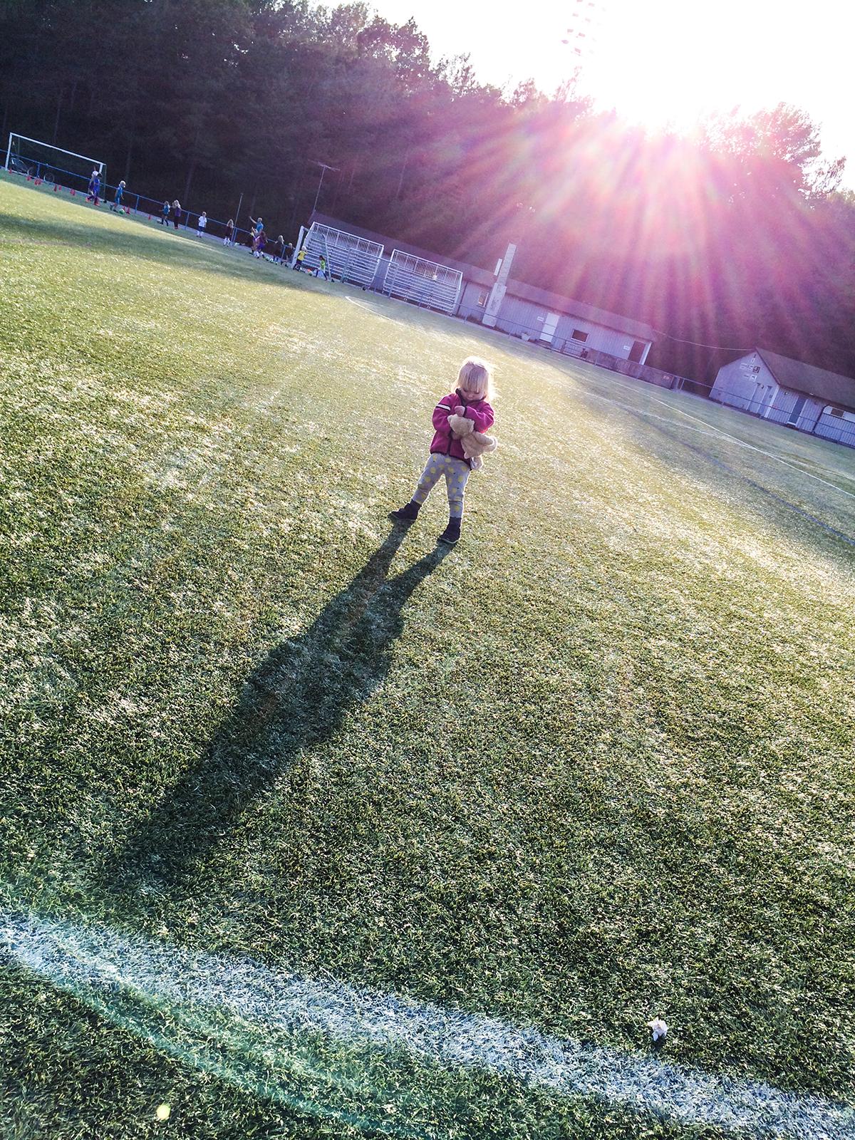 nelly spelar fotboll