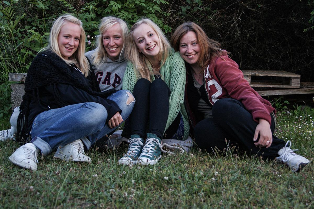 tjejresa med systrar