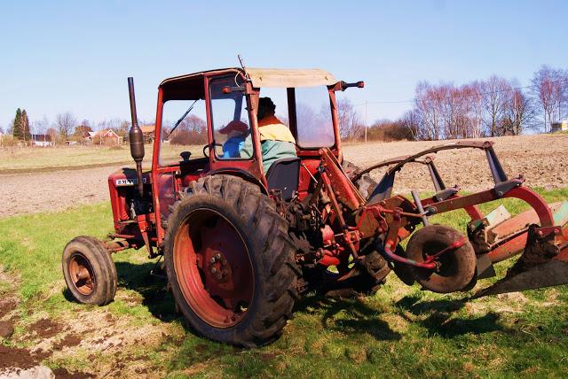 påsk morfar traktor
