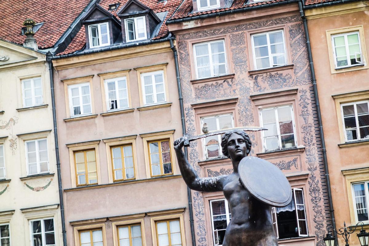 warzsawa vs stockholm