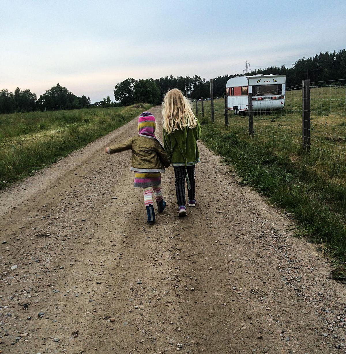 husvagnssemester med barn ingela