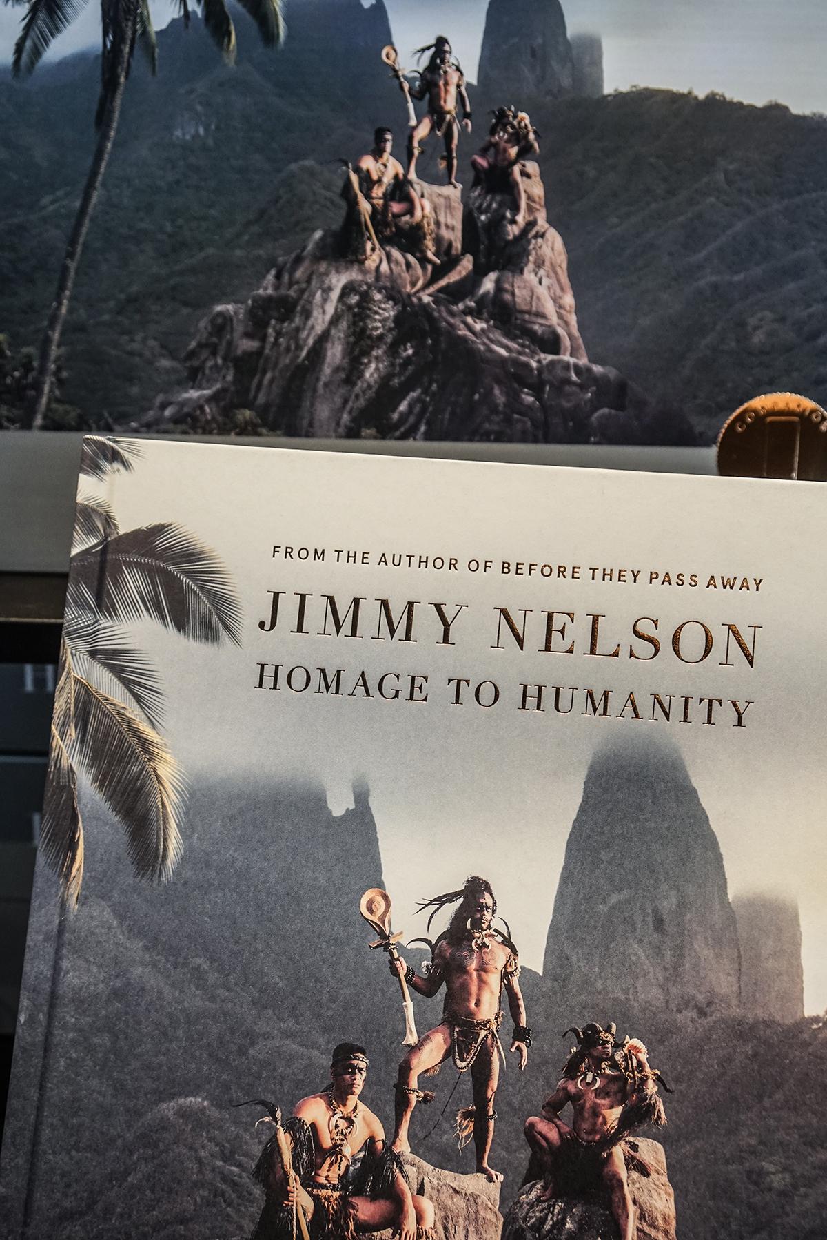 utställning på fotografiska Jimmy Nelson