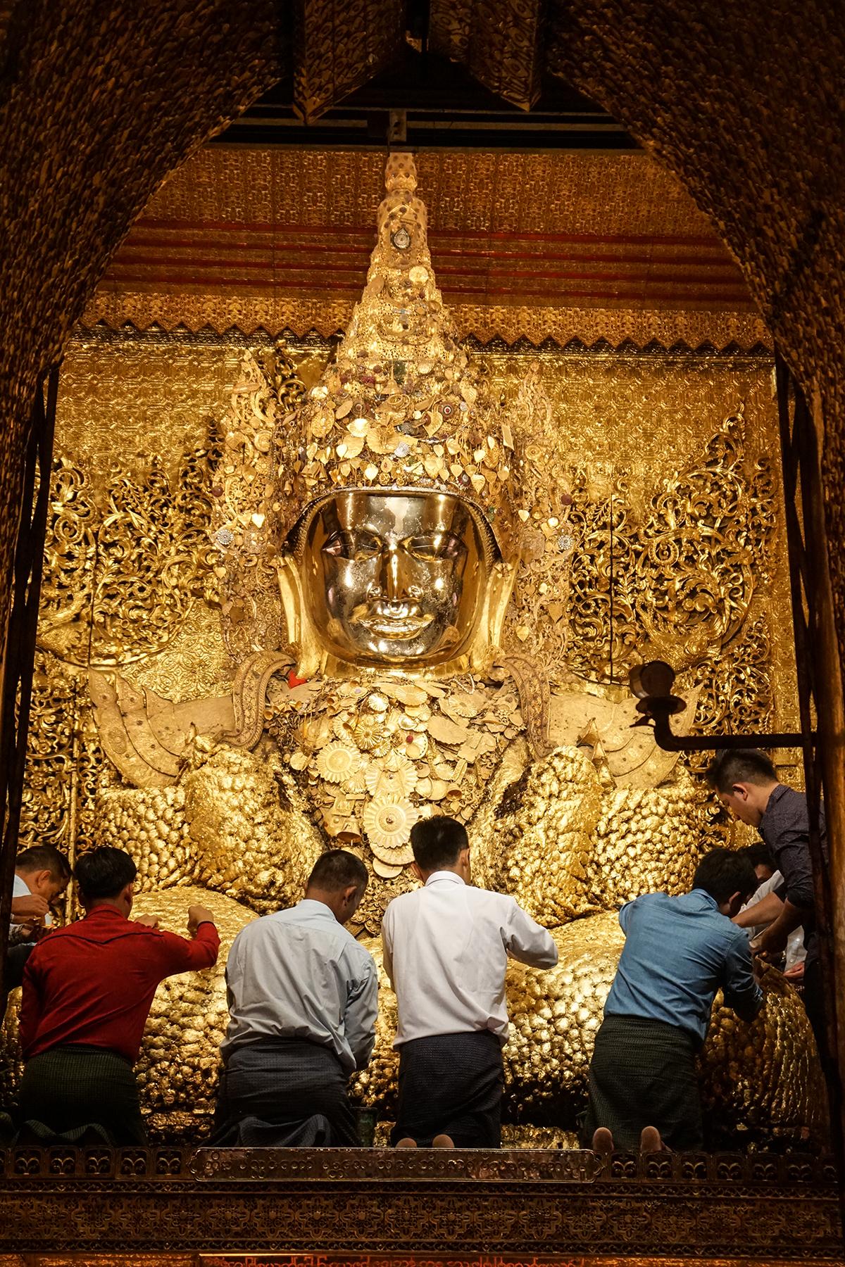 guldbuddha i myanmar
