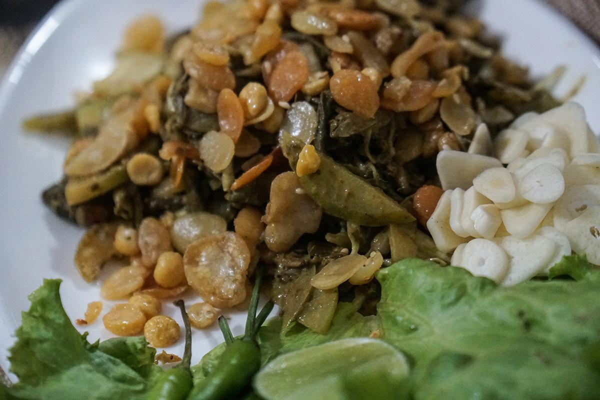 att äta i myanmar