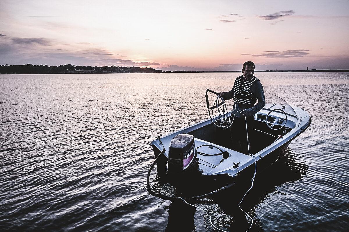 vattenskidor båt